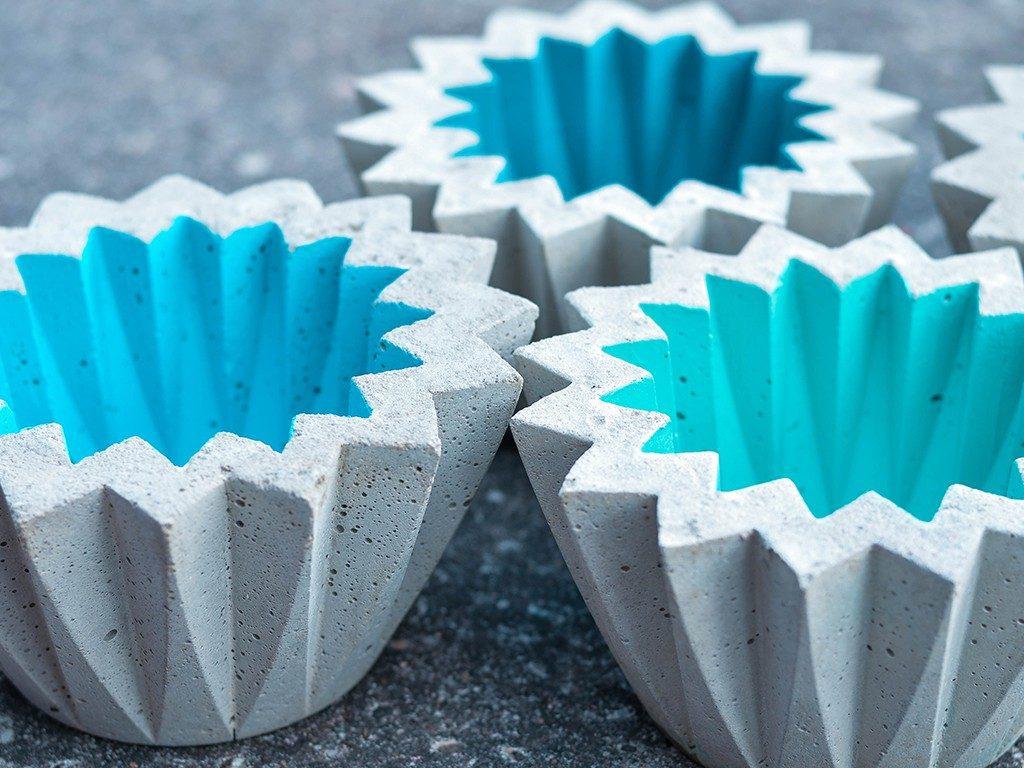 beton gießen diy Beton gießen DIY: Tolle Trittplatten, Windlichter & mehr selbst gemacht beton gieen zackenwindlicht detail 1024x768