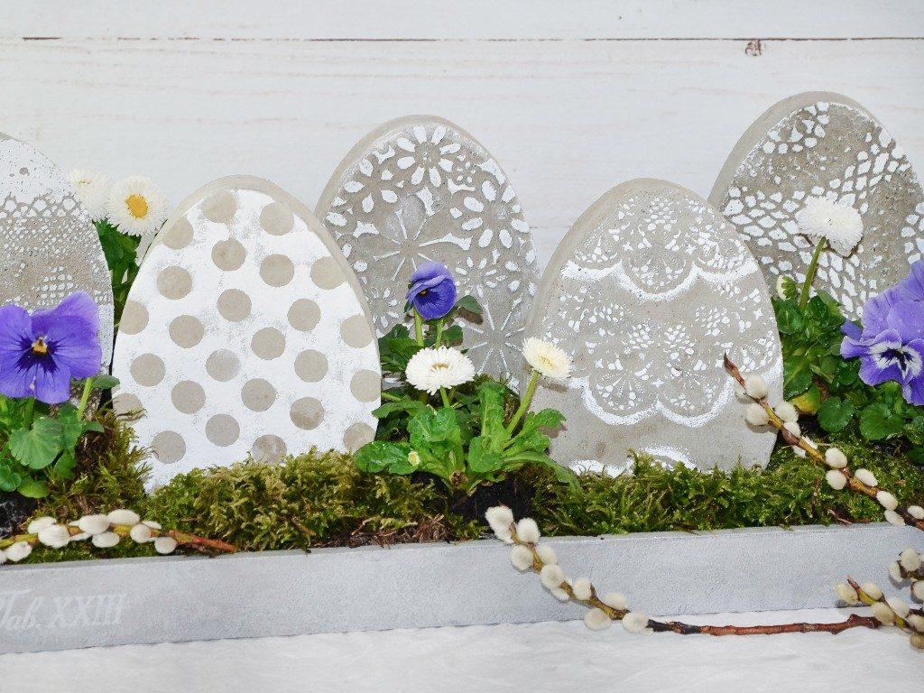 beton-eier und gießform DIY Osterdeko: Beton-Eier und Gießform selbst machen betoneier gieform selber bauen tablett 1 1024x768