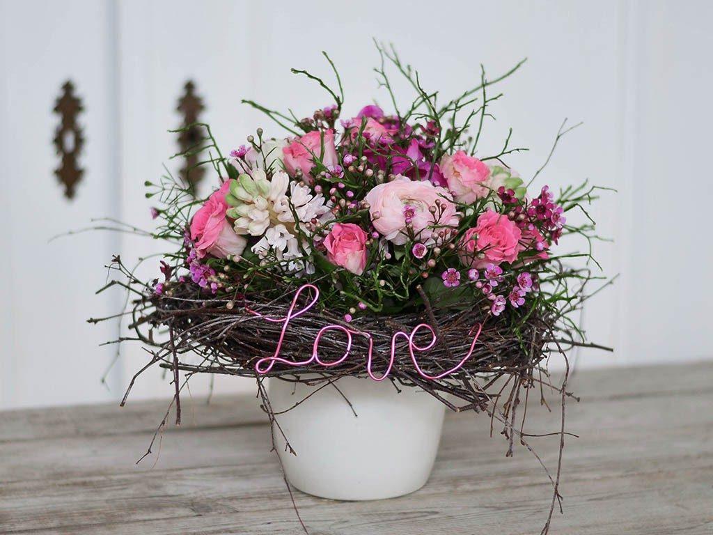 selbst gemachter blumenstrauß DIY: Verschenke einen selbst gemachten Blumenstrauß wie vom Floristen blumenstrau  frhling 1 von 1 1024x768