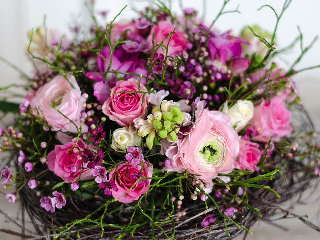 selbst gemachter blumenstrauß DIY: Verschenke einen selbst gemachten Blumenstrauß wie vom Floristen blumenstrau frhling detail 1 1024x768