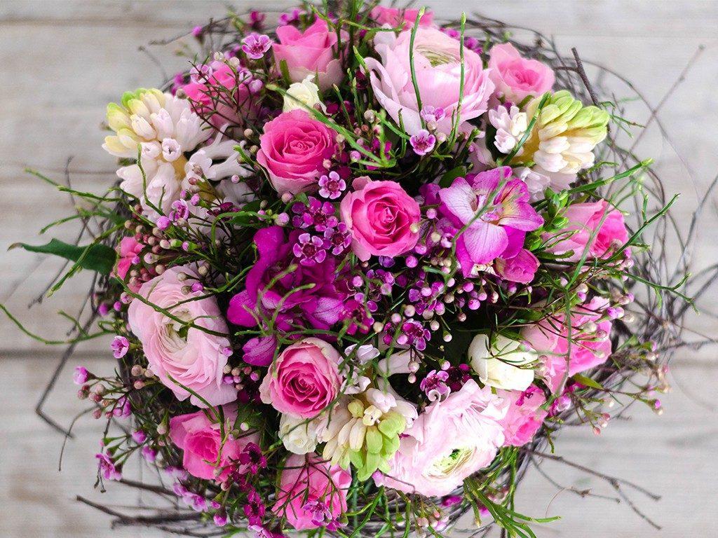 selbst gemachter blumenstrauß DIY: Verschenke einen selbst gemachten Blumenstrauß wie vom Floristen blumenstrau frhling oben 1024x768