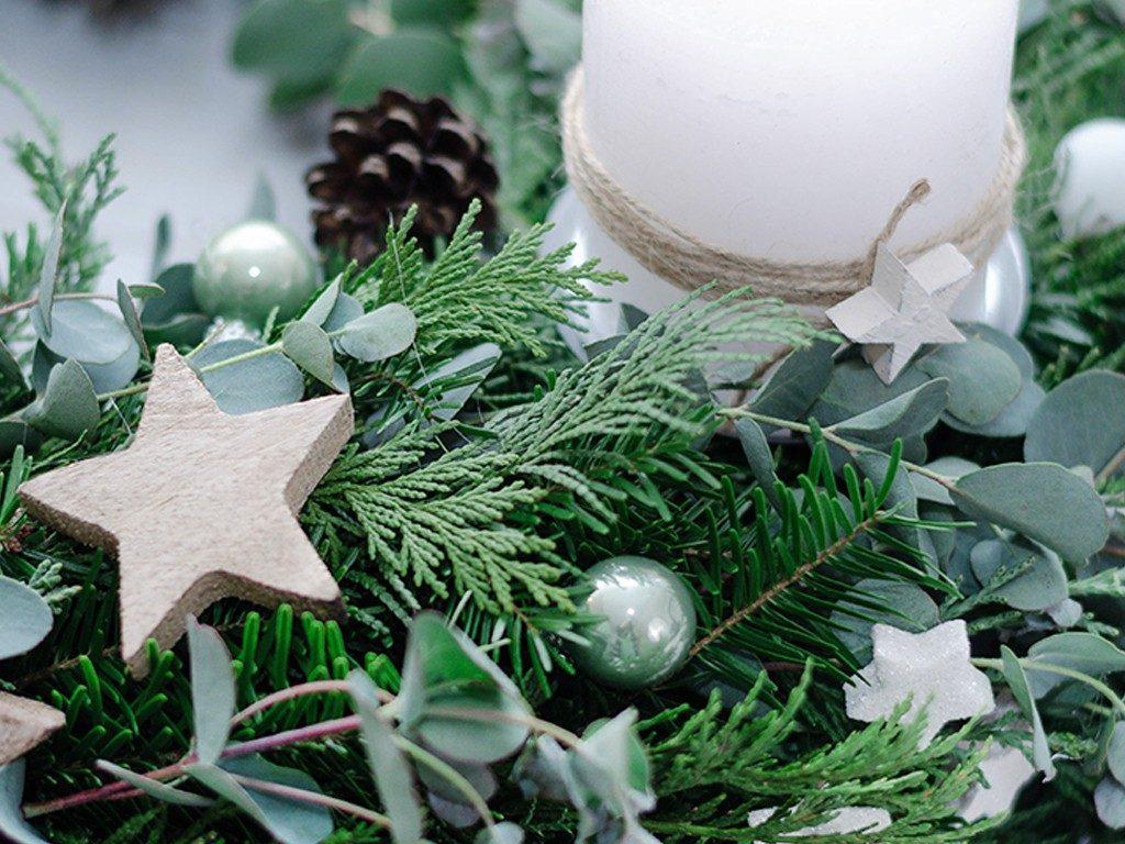 adventskranz binden DIY-Anleitung für Einsteiger: Adventskranz binden (mit Eucalyptus) adventskranz eucalyptus 8 1024x768