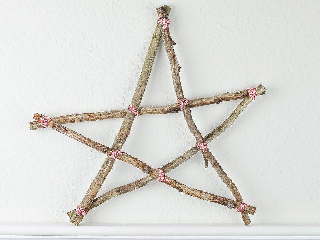 sterne aus Ästen Basteln mit Naturmaterial: So machst du Sterne aus Ästen ganz einfach selbst aststern 1024x768