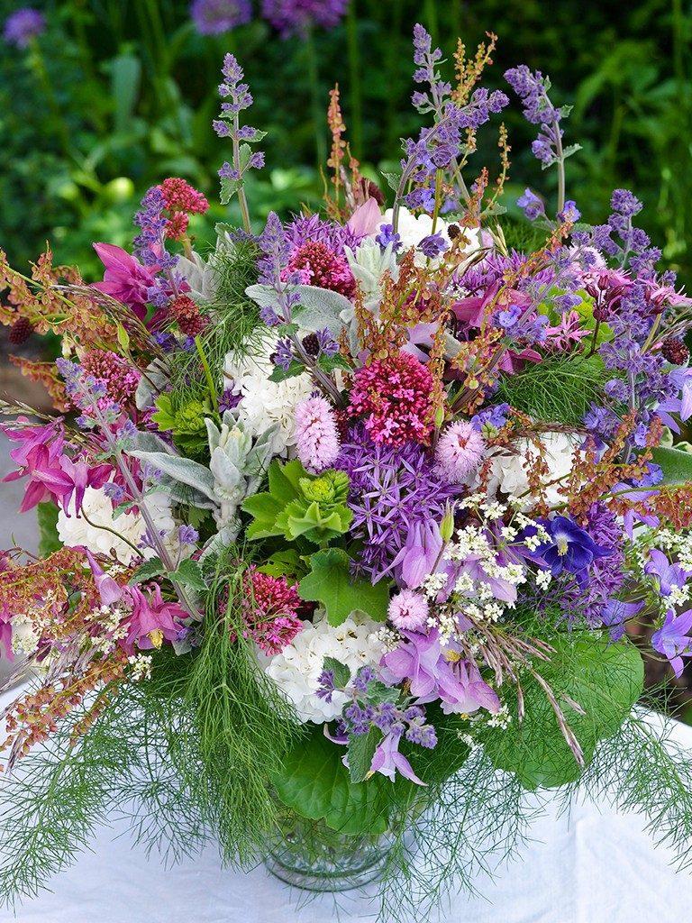blumenstrauß binden Blumenstrauß binden: ganz einfach mit tollem Ergebnis blumenstrau binden 1 768x1024