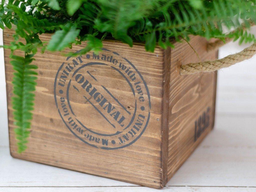 holzkiste mit seilgriff DIY: Holzkiste mit Seilgriff aus einfachen Baumarktbrettern holzkiste mit seilgriffen braun  1024x768