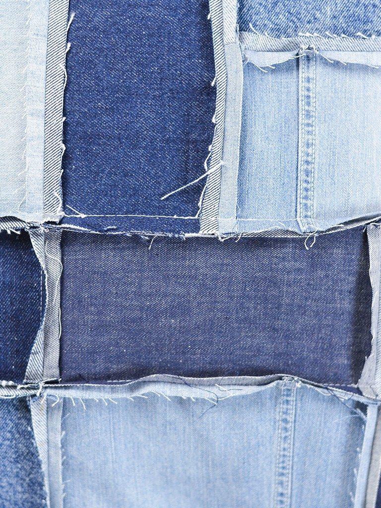 patchwork-kissenhülle DIY Patchwork-Kissenhülle aus Jeans nähen jeanskissen patchwork detail  768x1024