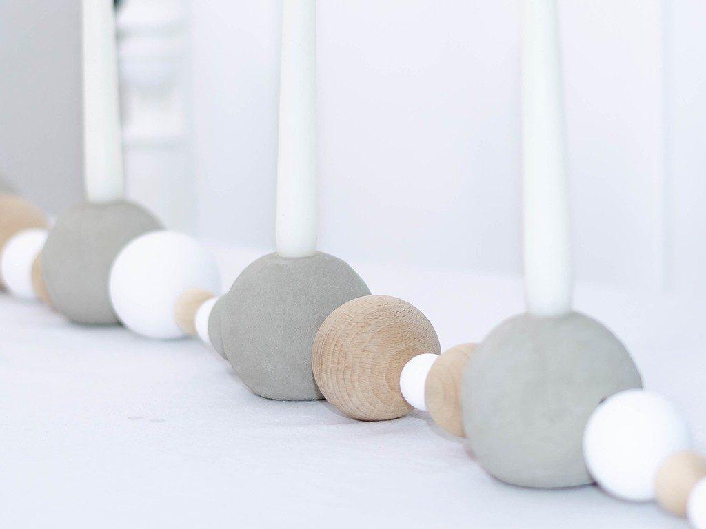 selbstgemachter adventskranz im scandi style Weihnachtsdeko DIY: Adventskranz aus Beton- und Holzkugeln im Scandi Style selbermachen kugeladventskranz lang  1024x768