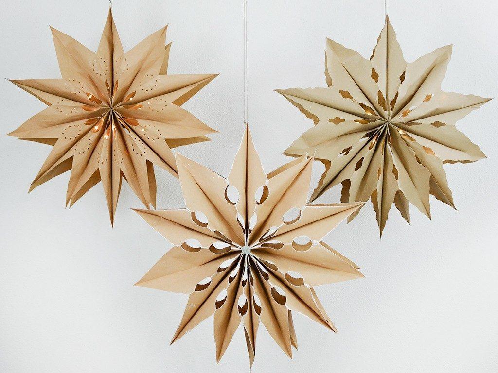 xxl-sterne aus biomülltüten Weihnachtsdeko-DIY: Bastele leuchtende XXL-Sterne aus Biomülltüten sterne biomuelltueten 1024x768