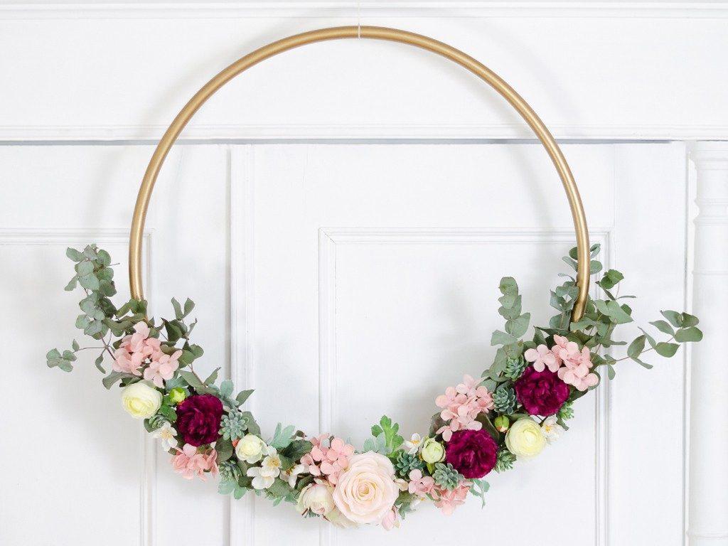 DIY: Wanddeko Blumenkranz aus Hula-Hoop Reifen blumenkranz hulahoopreifen hochzeitsdeko 1024x768