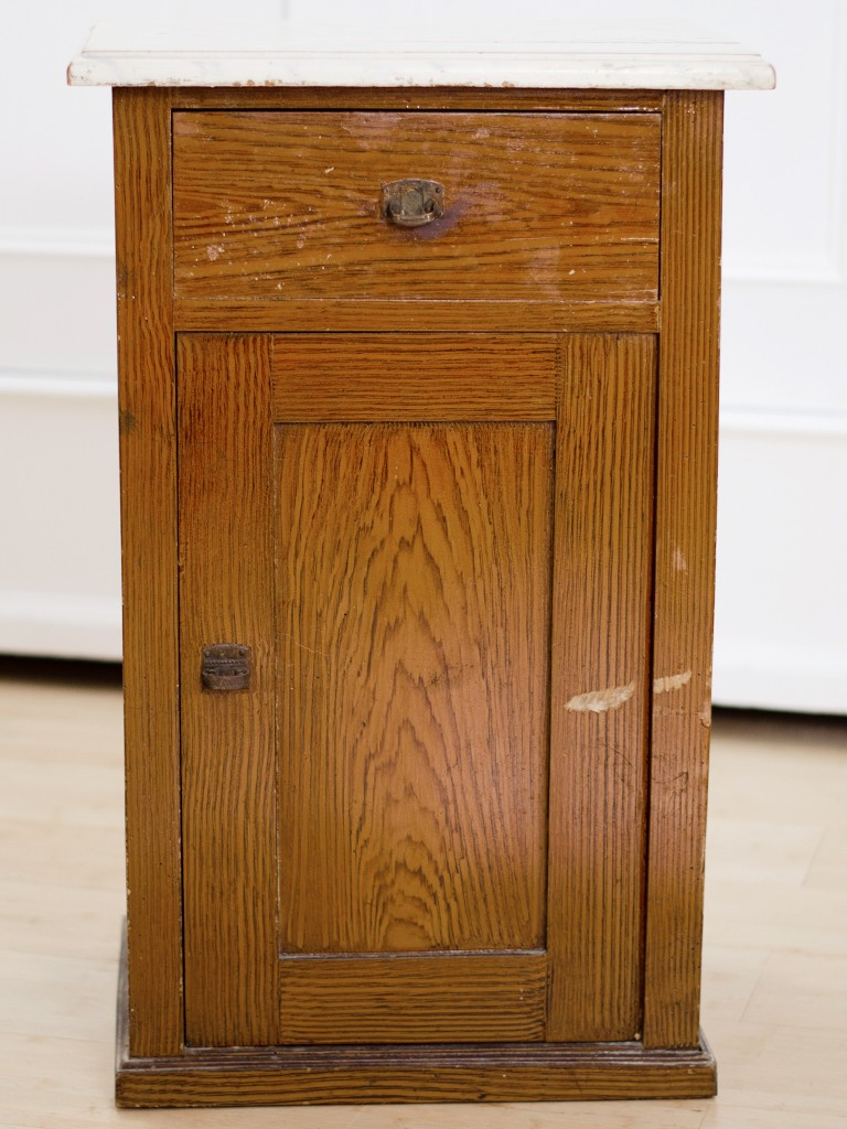 Möbel upcyceln: Schränkchen mit Kreidefarbe streichen, Holzplatte ölen schraenkchen streichen holzplatte len 27