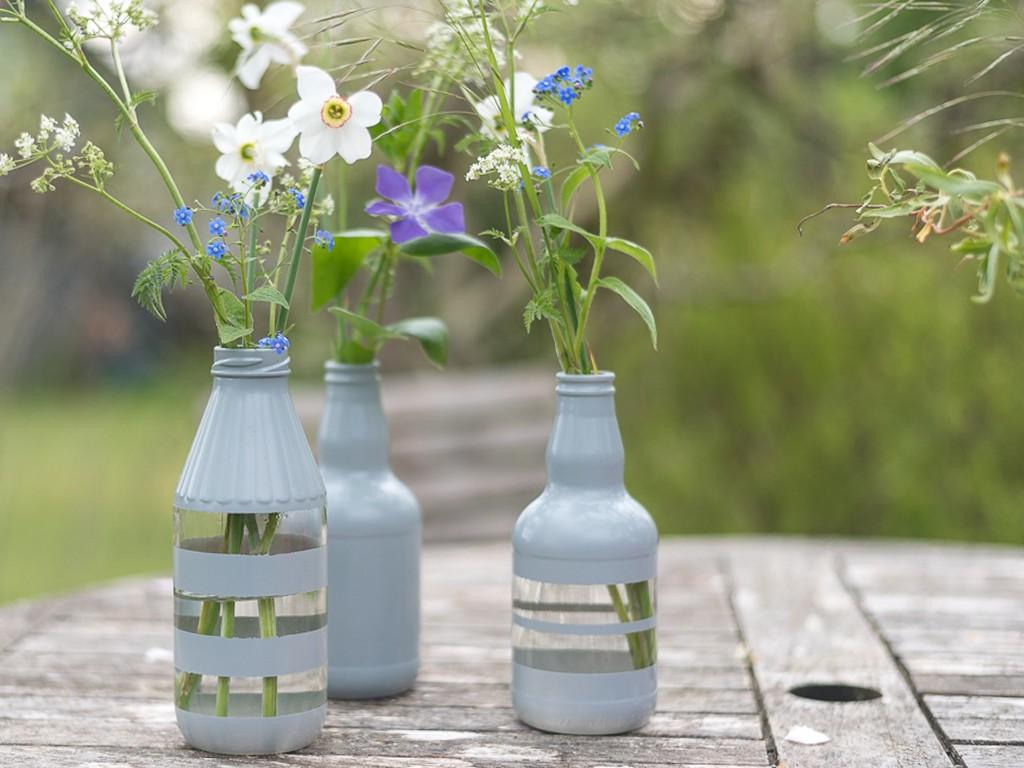 Upcyclingidee: Windlichter und Vasen aus alten Gläsern